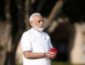"""رئيس الوزراء الهندى يضع باقات الورود على النصب التذكارى لـ""""المهاتما غاندى"""""""
