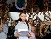 طفلة سويدية تقود احتجاجات حاشدة فى شوارع فيينا لمكافحة تغيرات المناخ