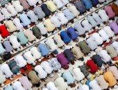 وداعا رمضان.. مسلمو العالم يؤدون صلاة آخر جمعة فى الشهر الكريم
