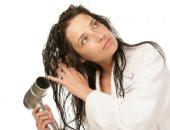 بلاش تستخدميه كتير ..اعرفى اضرار  الاستشوار على شعرك المبلل