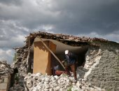 صور.. 6 زلازل فى غضون ساعتين بألبانيا تلحق أضرارا ببعض المنازل