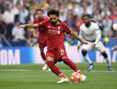 محمد صلاح يتصدر استفتاء ماركا لأفضل لاعب بالعالم على حساب ميسي ورونالدو