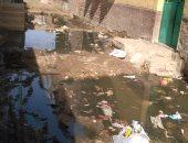 مياه الصرف الصحى تصل البيوت بقرية المنصورية فى القناطر