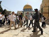 صور.. قوات الإحتلال تقتحم الأقصى وتعتدى على المعتكفين بذكرى احتلال القدس