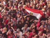علم مصر يظهر فى احتفالات جماهير ليفربول بدوري ابطال اوروبا.. فيديو وصور