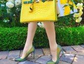 خليكى على الموضة.. 5 طرق لتنسيق الحقائب والأحذية