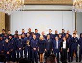 "ماكرون يكرم منتخب فرنسا ويوجه رسائل خاصة لـ""مبابى وجريزمان"".. صور"