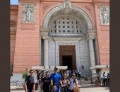 صور.. حارس مرمى ريال مدريد يزور المتحف المصرى