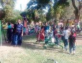 توافد المواطنين على الحدائق والمراكب النيلية بالقناطر الخيرية بعد الظهيرة