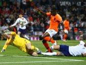 سويسرا ضد إنجلترا فى لقاء مصالحة الجماهير بدوري الأمم الأوروبية