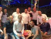 خالد رشوان يشارك بصورة له وأصدقاءه فى العمل ثانى أيام عيد الفطر