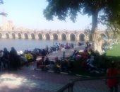 فى ثالث أيام العيد.. إقبال على الحدائق والمراكب النيلية بالقناطر الخيرية (صور)
