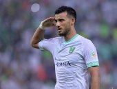 إصابة عمر السومة لاعب الأهلى السعودى بخلع فى الكتف