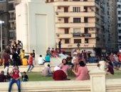 المواطنون يحتفلون بثالث أيام العيد بميدان التحرير (صور)