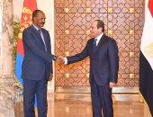 شاهد.. استقبال الرئيس عبد الفتاح السيسى لرئيس دولة إريتريا