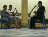 تعرف على أول طفل كفيف يعزف آلة السمسمية المهددة بالانقراض