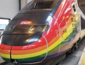 """صور.. سكك حديد فرنسا تضع علم المثليين على قطاراتها احتفالا بـ""""شهر الفخر"""""""