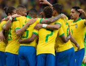 شاهد.. احتفال نجوم البرازيل ودموع لاعبي باراجواي بعد فوز السليساو