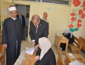 رئيس جامعة الأزهر يتفقد لجنة فتيات المنطقة السادسة بمدينة نصر