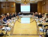 """""""العصار"""" يبحث مع وزير الصناعات العسكرية البيلاروسي التعاون المشترك"""