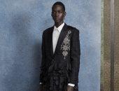 بدلة فستان أو جيبة..ألكساندر ماكوين يعرض مجموعته الرجالية لربيع 2020