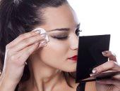 لو زهقتى من القطن العادى..منتجات مختلفة لإزالة الماكياج هتحافظ على بشرتك