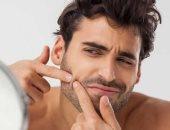 نمو الشعر داخل الجلد مرض يؤدى لظهور النتوءات والبثور.. اعرف السبب