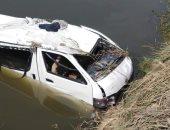 صور.. مصرع 7 أشخاص وإصابة 16 آخرين فى تصادم نقل مع ميكروباص بالبحيرة