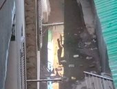 اضبط مخالفة.. شوارع منطى بشبرا الخيمة تغرق فى الصرف الصحى