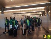اجتماع بين لاعبى الكاميرون وسيدورف قبل التوجه لاستاد الإسماعيلية