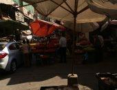 أهالى كامب شيزار بالإسكندرية يشكون من إشغالات الباعة بسوق شيديا