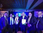 صور.. طارق عامر يتسلم جائزة أفضل محافظ بنك مركزى فى أفريقيا