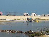 صور.. اضبط مخالفة.. مياه المجارى تصب فى شاطئ بور فؤاد