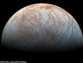 """ماذا تعرف عن قمر """"يوروبا"""" وهل يمكن الحياة عليه؟"""