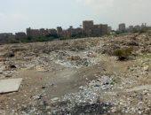 شكوى من انتشار القمامة بمجمع المصانع بحى الزاوية