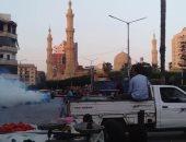 رش شوارع دسوق لمكافحة البعوض وإزالة تعديات على أراضى الزراعية بكفر الشيخ