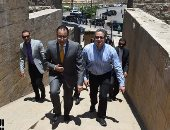 رئيس الوزراء يوجه بإزالة المبانى داخل منطقة سور مجرى العيون بالكامل