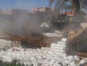 رفع 140 طن قمامة وإزالة 19 حالة تعدٍ على الأراضى الزراعية ببنى سويف
