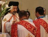 الأقباط يحتفلون بعيد العنصرة.. تعرف على أهم طقوسه وسر صلاة السجدة
