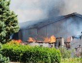 """حريق هائل يلتهم مخزنا للخمور بداخله 250 ألف لتر """"كونياك"""" فى فرنسا"""