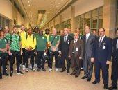 صور.. وصول بعثة منتخب جنوب أفريقيا إلى مطار القاهرة