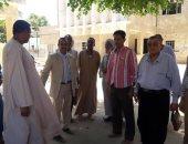 وفد جامعة أسوان يزور قرية المنصورية بمركز دراو لتطوير الخدمات بها