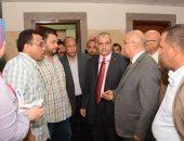 رئيس جامعة أسيوط في زيارة مفاجئة لمعهد جنوب مصر للأورام لمتابعة سير العمل