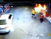 البطل ذو الرداء الأصفر.. شاب سعودى ينقذ محطة بنزين من الانفجار.. فيديو