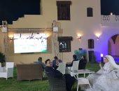 عروسان بالفيوم  يؤجلان حفل زفافها لمشاهدة بطولة الأمم الأفريقية (صور)