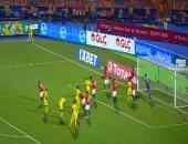 الكاميرونى نيانت أليوم.. عدالة وحسم وتحفظ فى تحكيم افتتاح كان 2019