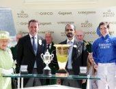 محمد بن راشد يتسلم جائزة من بريطانيا فى ختام مهرجان رويال أسكوت للخيول بإنجلترا