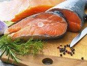 تناول زيت السمك يوميا يقلل خطر الإصابة بنوبات قلبية قاتلة بنسبة 8%