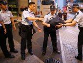 شرطة هونج كونج توجه اتهامات بالتخريب لعشرات الناشطين الديمقراطيين