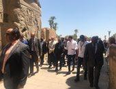 صور.. رئيس موزمبيق يشيد بجمال مدينة الأقصر خلال جولة بالمزارات السياحية